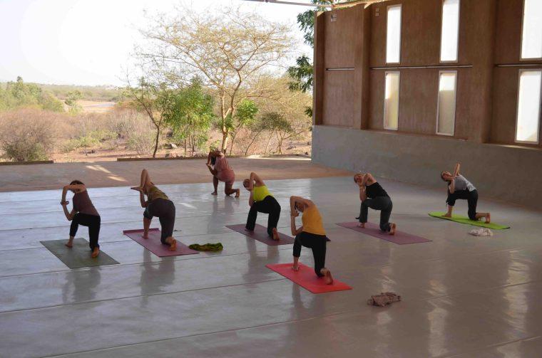 Asthanga Yoga à l'école des Sables 2018