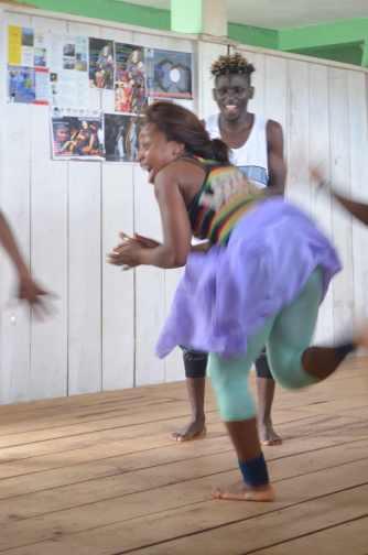 Stage danse et yoga à Yaoundé